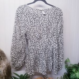 NWT ODDY Boutique Leopard Print Blouse Size Small